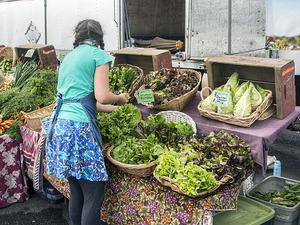 Newport Farmers Market_Larry Miller_CC
