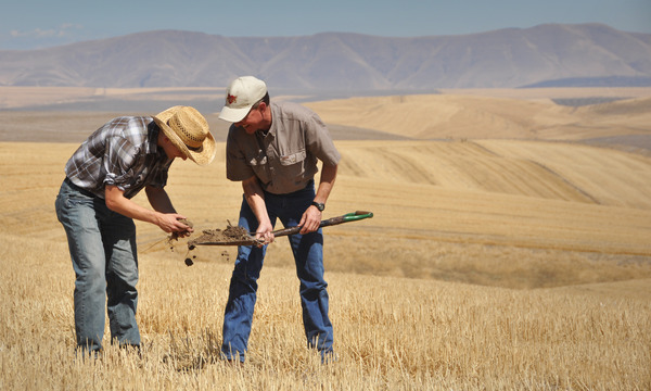 USDA NRCS Soil Conservationsists observe samples in The Dalles 2