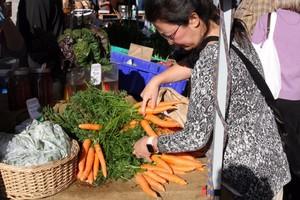 Central Oregon Farmers Market_Amanda Peacher_OPB